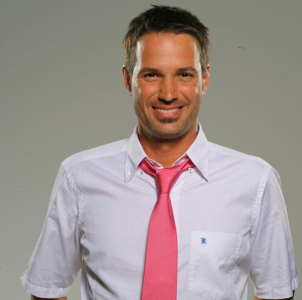 Ale corbata rosa